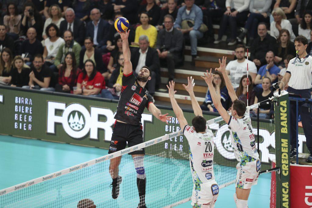 Италианска Суперлига полуфинал епизод 1