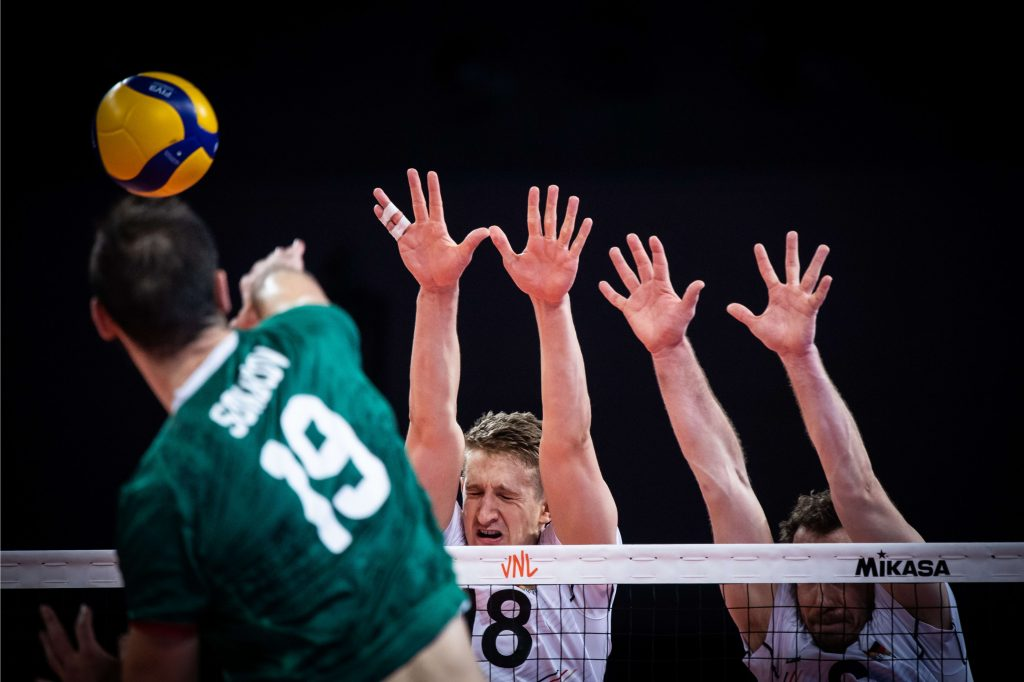 България с драматична загуба от Германия VNL21