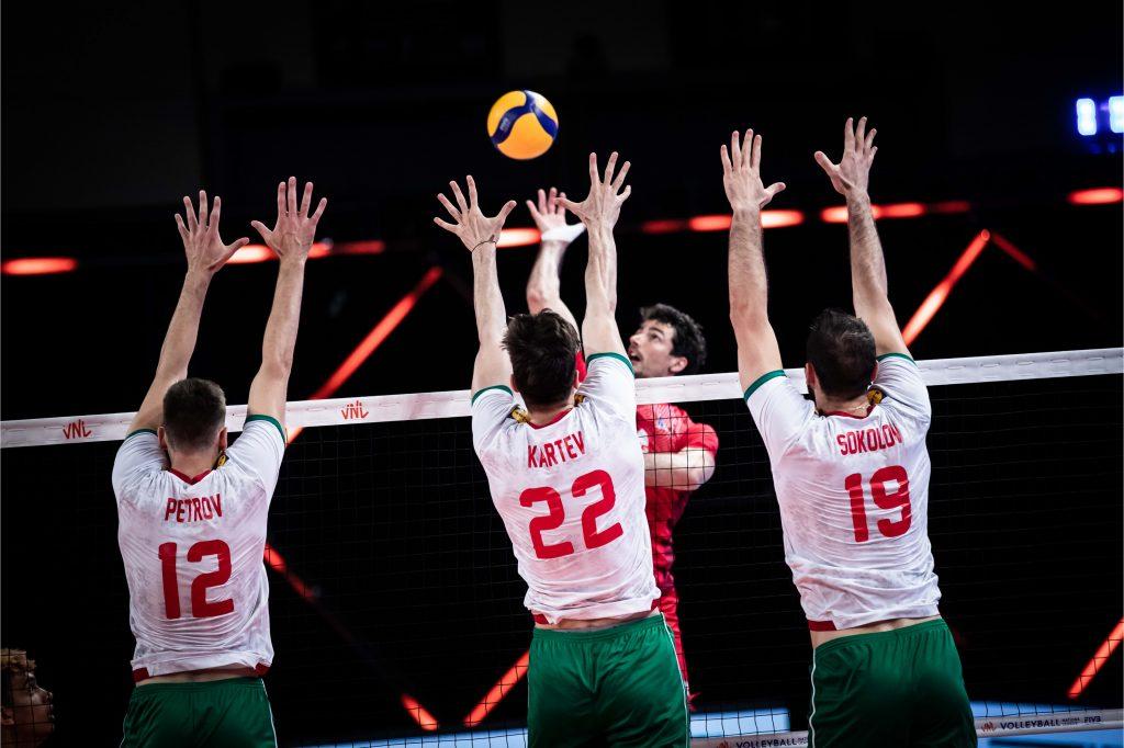 България започна със загуба участието си във VNL21