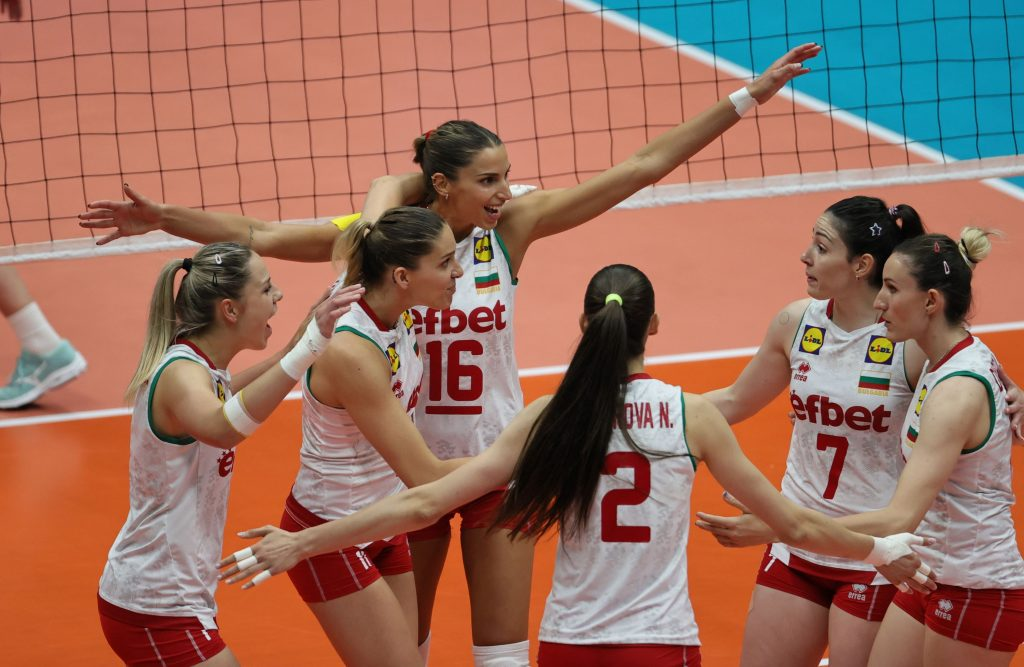 Golden League21W България победи Чехия с 3-0 и ще играе на финал!