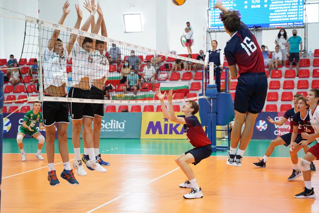 EuroVolley21 U17M България с победа над Латвия с 3-1 и ще спори за петото място!