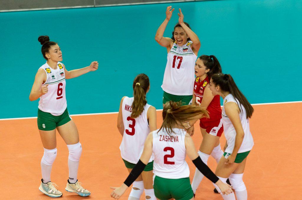 EuroVolley21 U16W България с втора чиста победа!