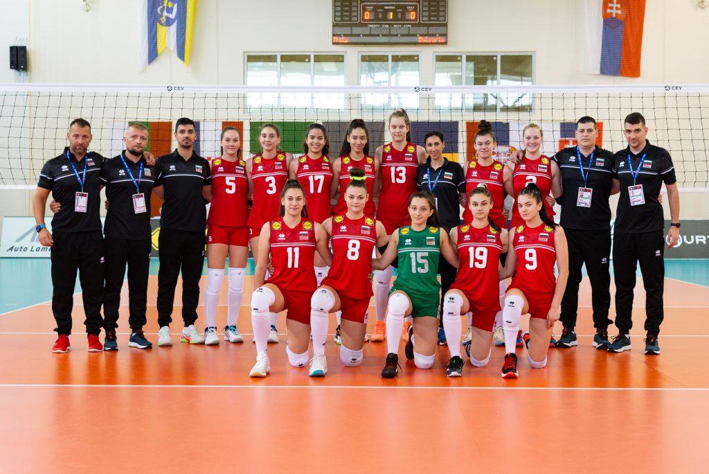 EuroVolley21W U16 България с летящ старт, 3-0 срещу Италия!