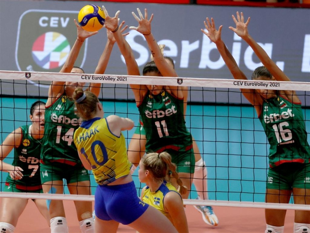 EuroVolley12W   Играта свърши! България загуби от Швеция с 2-3 гейма!
